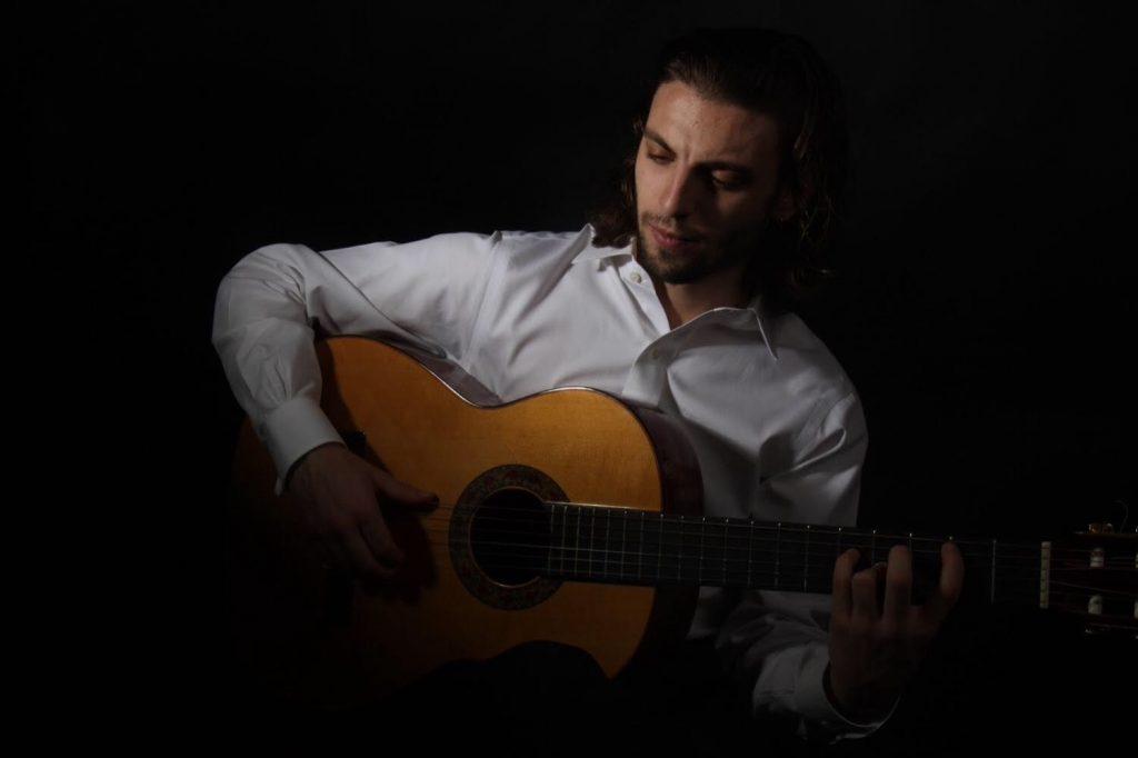 Marc López - El Paraigua - Guest Music