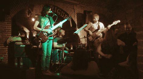 Música en viu: Blues Captain a El Paraigua